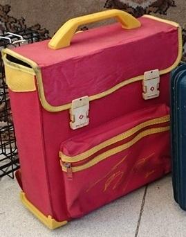 e8b6432ab Recuerdas la mochila que usabas en la primaria? Seguro aquí la ...