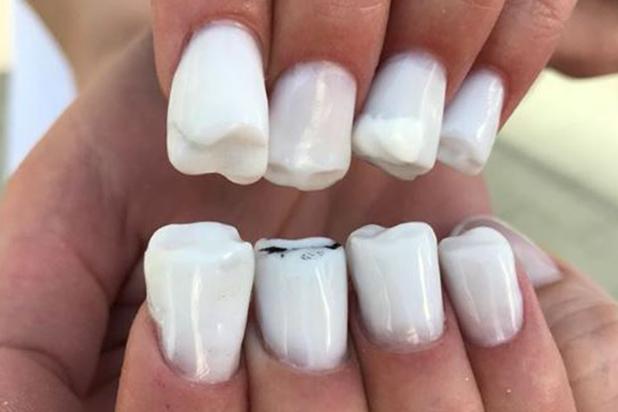 Critican la nueva moda  uñas de acrílico con hormigas vivas 98824b7030e9