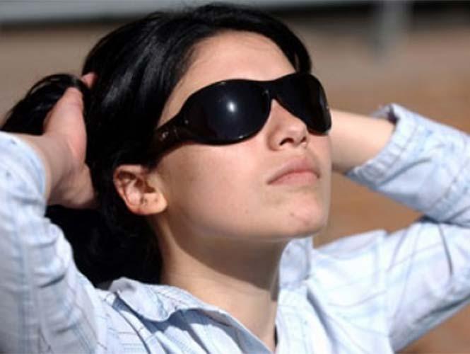 8ef7da5142 Comer alimentos que beneficien a sus ojos: No sólo las zanahorias son  buenas para los ojos. El aguacate y el pimiento son ideales para proteger  la retina ...