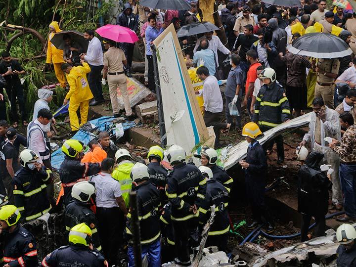Accidentes de Aeronaves (Civiles) Noticias,comentarios,fotos,videos.  - Página 11 Avioneta-privada-se-desploma-en-mumbai-hay-6-muertos-5