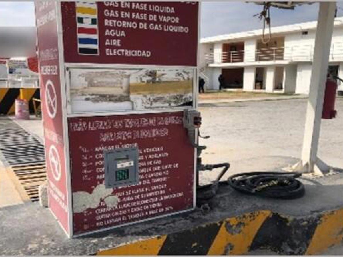 Aseguran 40 pipas huachicoleras en Puebla; hay 23 detenidos