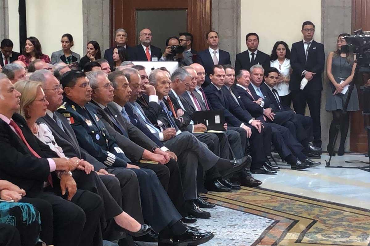 Integrantes de diversos grupos empresariales durante la presentación del consejo