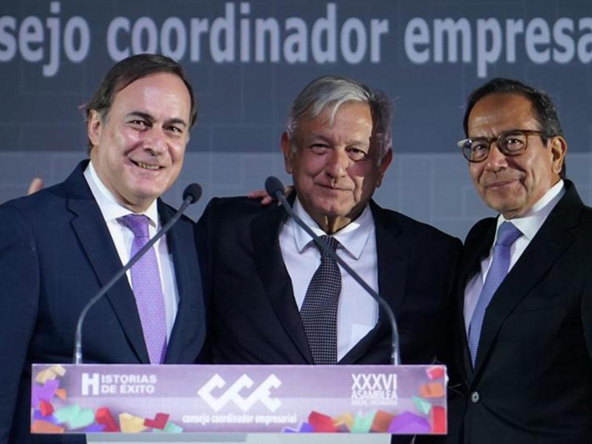 Terminar con la pobreza y subir inversión, propone CCE a AMLO