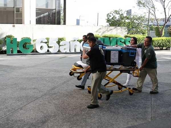 El pasado 27 de marzo en el hospital de La Raza, se trasplantaron a un joven de 27 años un corazón y un riñón. Foto: IMSS
