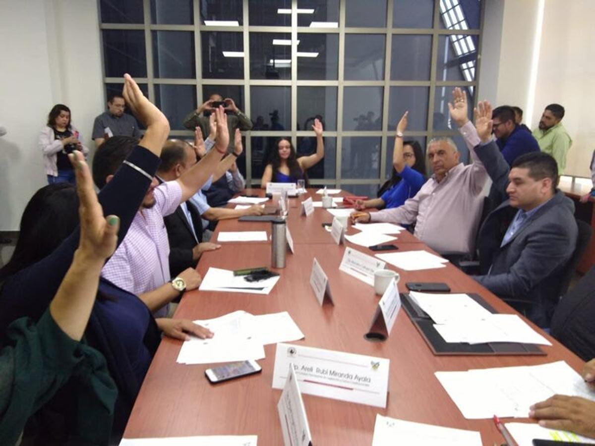 Aprueban en comisiones reforma educativa en Hidalgo