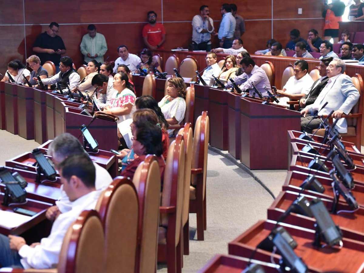 Congreso de Oaxaca avala reforma educativa