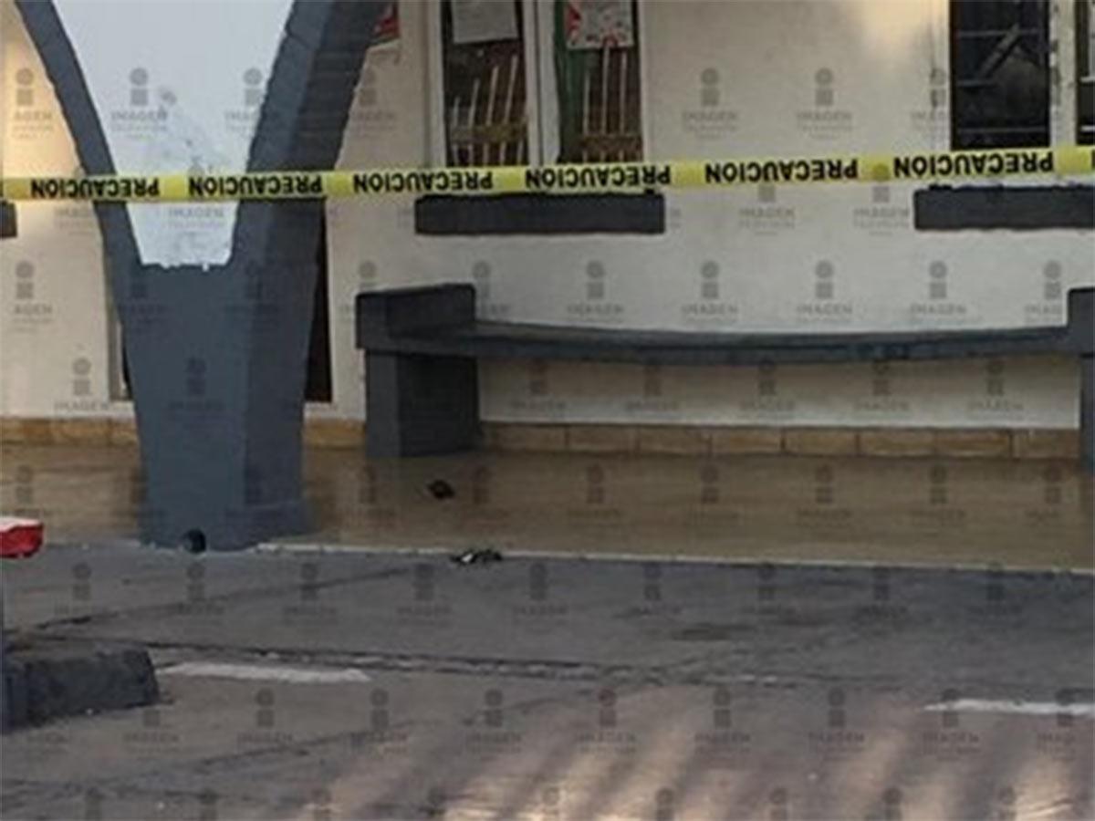 A la zona llegó personal de la Guardia Nacional, donde sujetos desconocidos lanzaron el artefacto después de las siete de la mañana