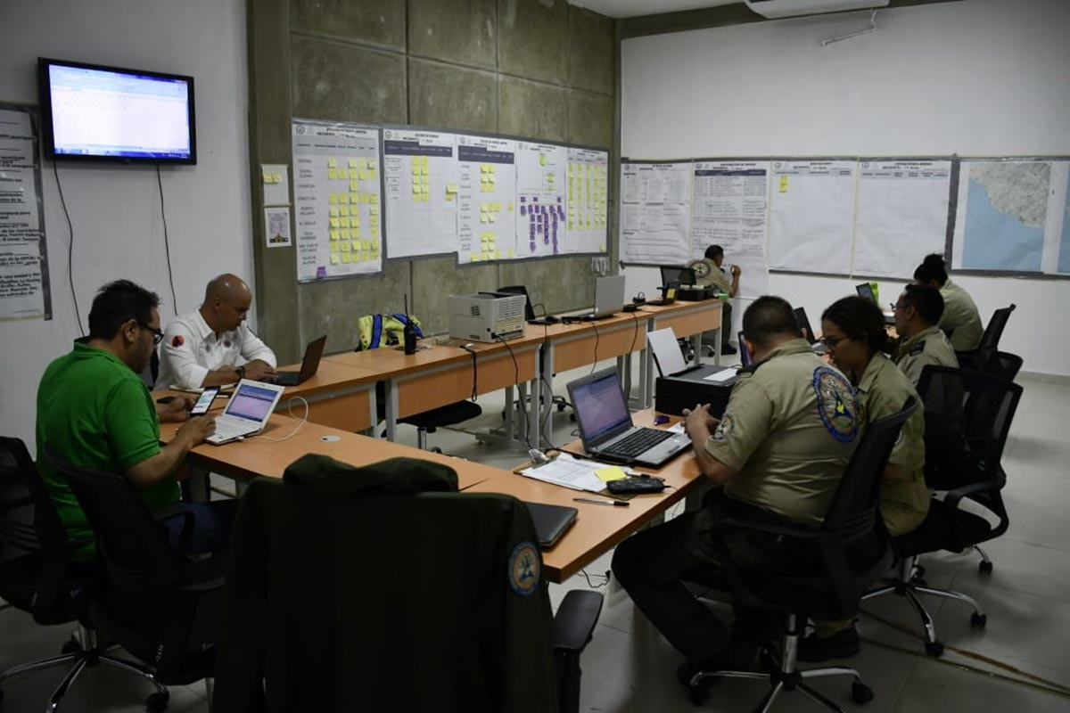 El estado de fuerza al momento es de 135 elementos conformados por la Coordinación Nacional y Estatal de Protección Civil, CONAGUA, DIF Jalisco, Secretaría de Educación y Seguridad Pública del Estado. Foto: Moisés Mora Cortés