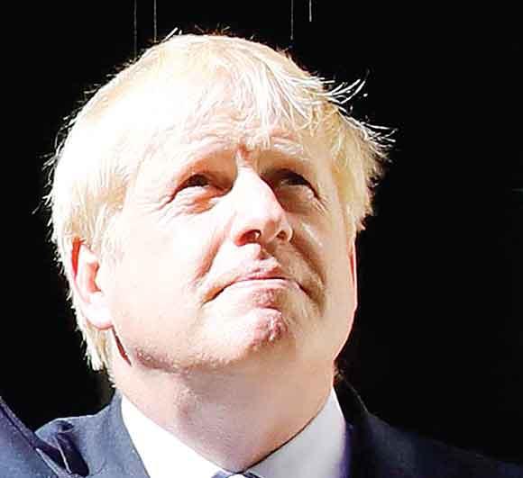 Los líderes mundiales felicitan a Johnson por su victoria en las elecciones