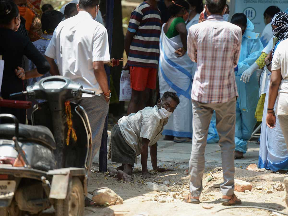 India está inmersa en una ola de contagios por coronavirus / Foto: AFP