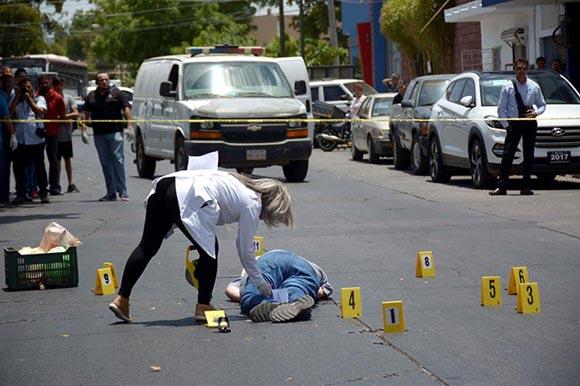 Van cinco periodistas asesinados este año en México
