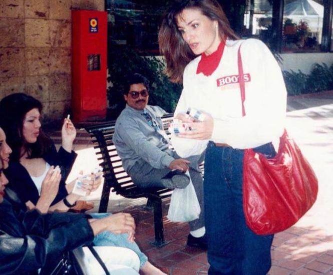 Revelan fotos de la reina Letizia como edecán en Guadalajara