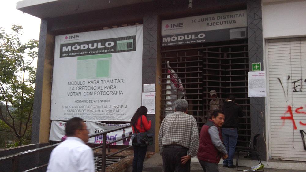 Encapuchados Incendian Oficinas Del Ine Y Sedesol En Veracruz
