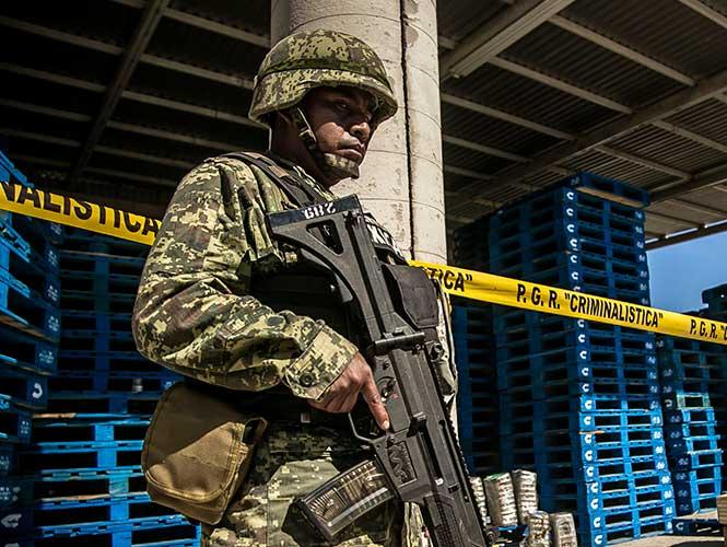 Ejército y Policia Estatal aseguran armas y vehiculos en Altamira 1345057