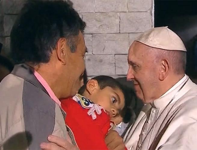 El Papa Francisco con los niños menos válidos el sábado 13 de Febrero del 2016