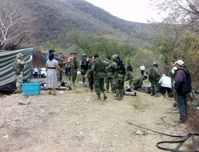 Accidentes e incidentes de elementos del Ejército Mexicano  Noticias,comentarios,fotos,videos. - Página 2 1405330