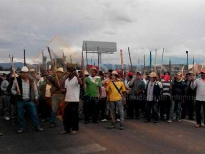 Operativo de la Policía Federal en Nochixtlan Oaxaca, deja 6 Maestros Muertos, 41 policias heridos y 53 civiles lesionados. - Página 2 1467119