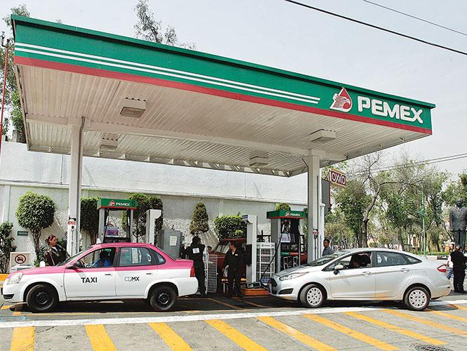 México ya importa el 62% de gasolinas; proviene de 8 países