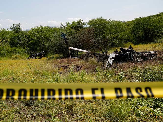 Tumban criminales helicóptero oficial por muerte de líder - Página 2 1519191