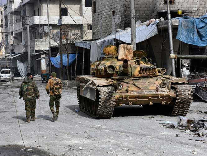 Más de 20.000 civiles ya abandonaron Alepo oriental este sábado