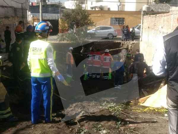 Derrumbe en Coyoacán deja dos muertos