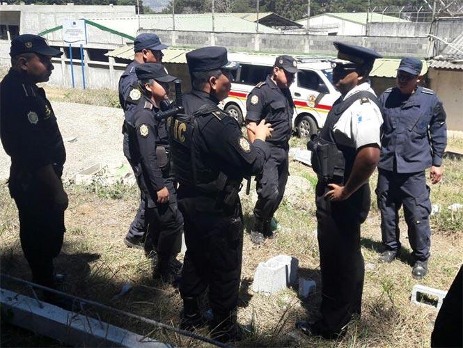 Mueren tres policías en ataques simultáneos — Guatemala