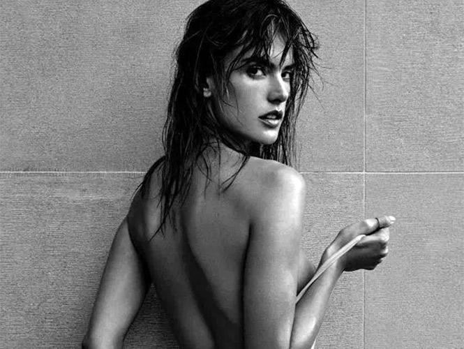 Alessandra Ambrosio Se Desnuda Para Revista Francesa