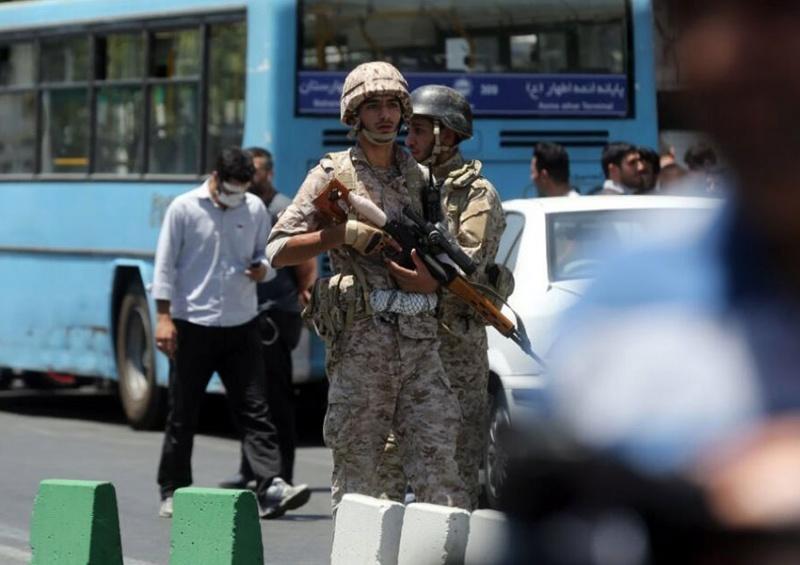 Atentado terrorista en Irán. 1689737
