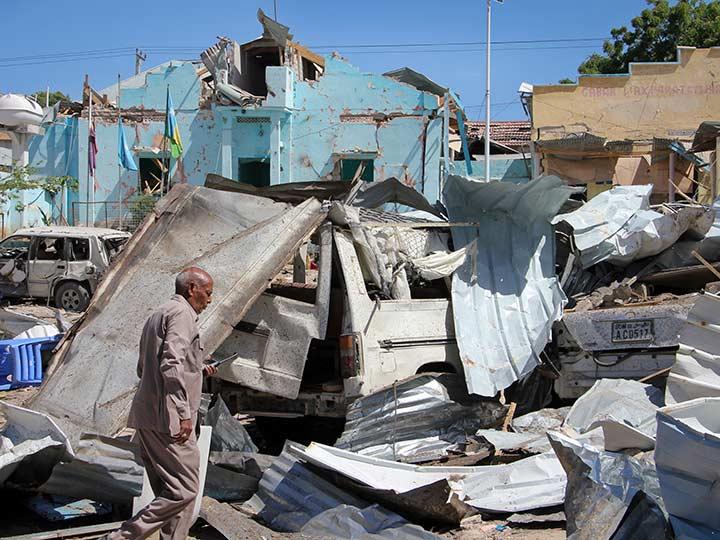 VENEZUELA: Al menos 17 muertos en atentado con coche bomba en Somalia