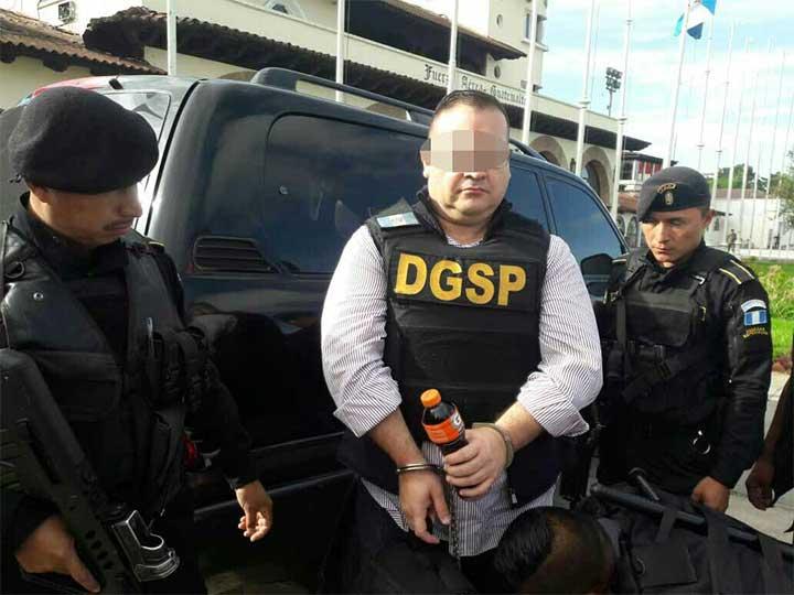 Defiende el mismo abogado a Javier Duarte y Elba Eshter Gordillo