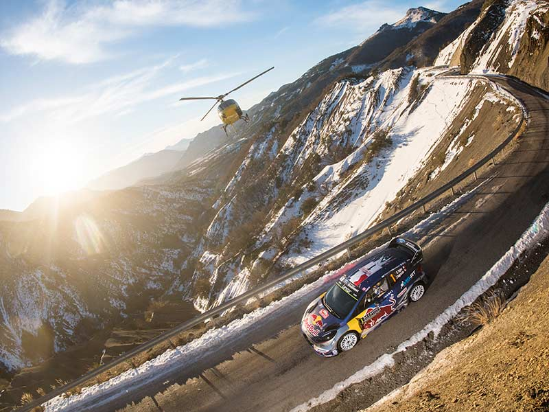 Thierry Neuville, líder del Mundial, abandona Rally Alemania