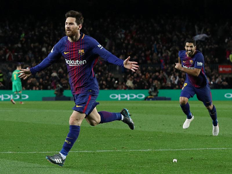 Golazo de Messi otorga triunfo al Barcelona frente a un aguerrido Alavés