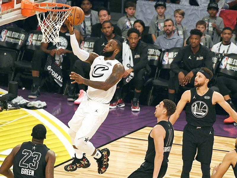 5aa7e7eb6ad9 LeBron James se impone en el Juego de Estrellas