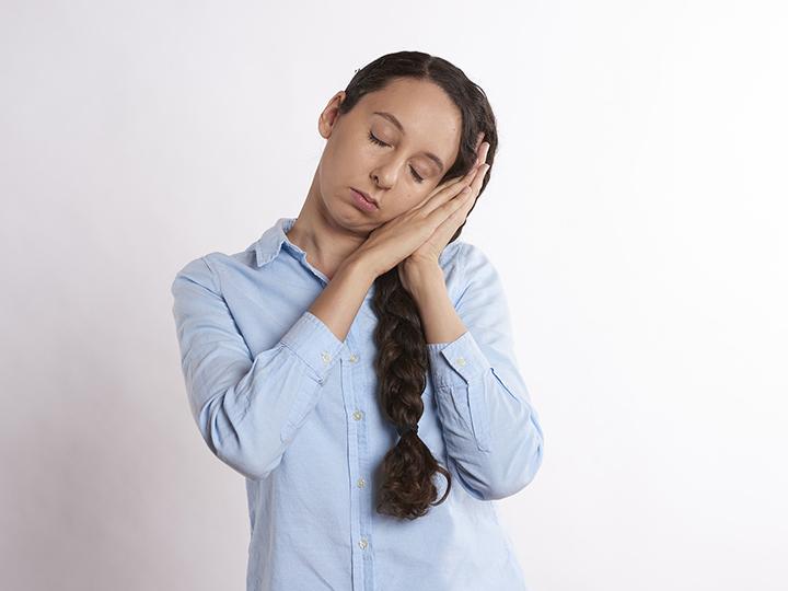 dormir demasiado provoca somnolencia y diabetes