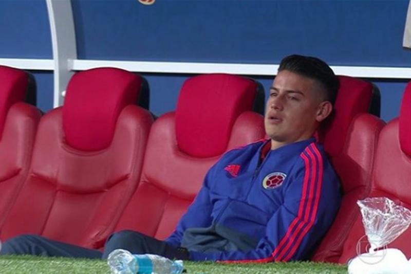 James Rodríguez llora tras eliminación de Colombia
