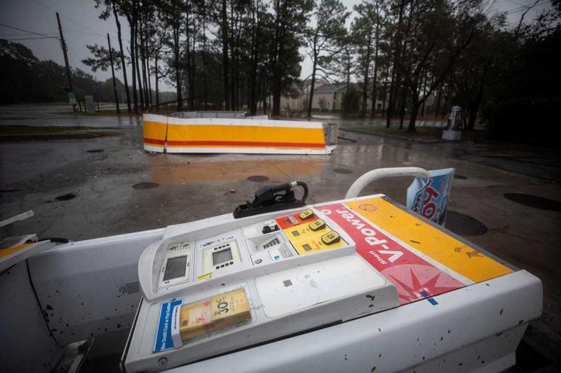 Florence deja 11 muertos en su paso por el estado de Carolina