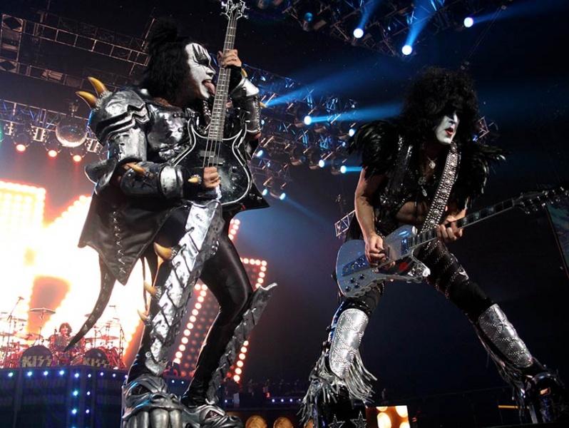 Kiss anuncia su retiro de los escenarios con una gira de despedida