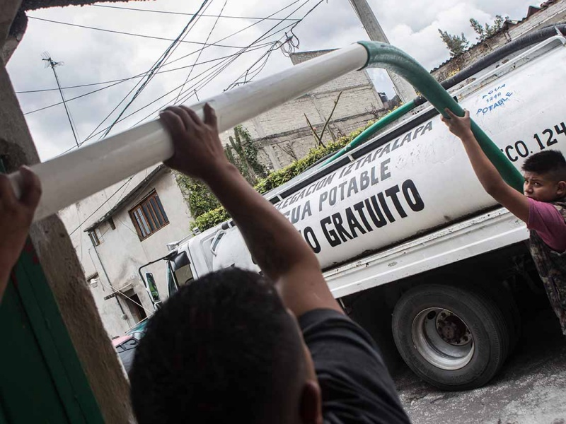 Con Ejército De 500 Pipas Iztapalapa Encarará Corte De Agua