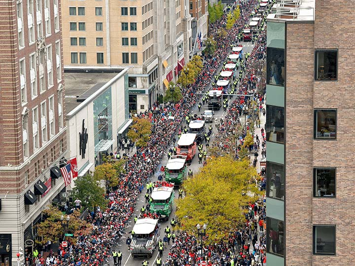 Boston celebra a sus campeones