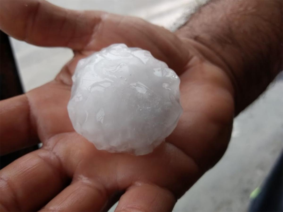 Cae granizo del tamaño de una pelota de golf en Nuevo León