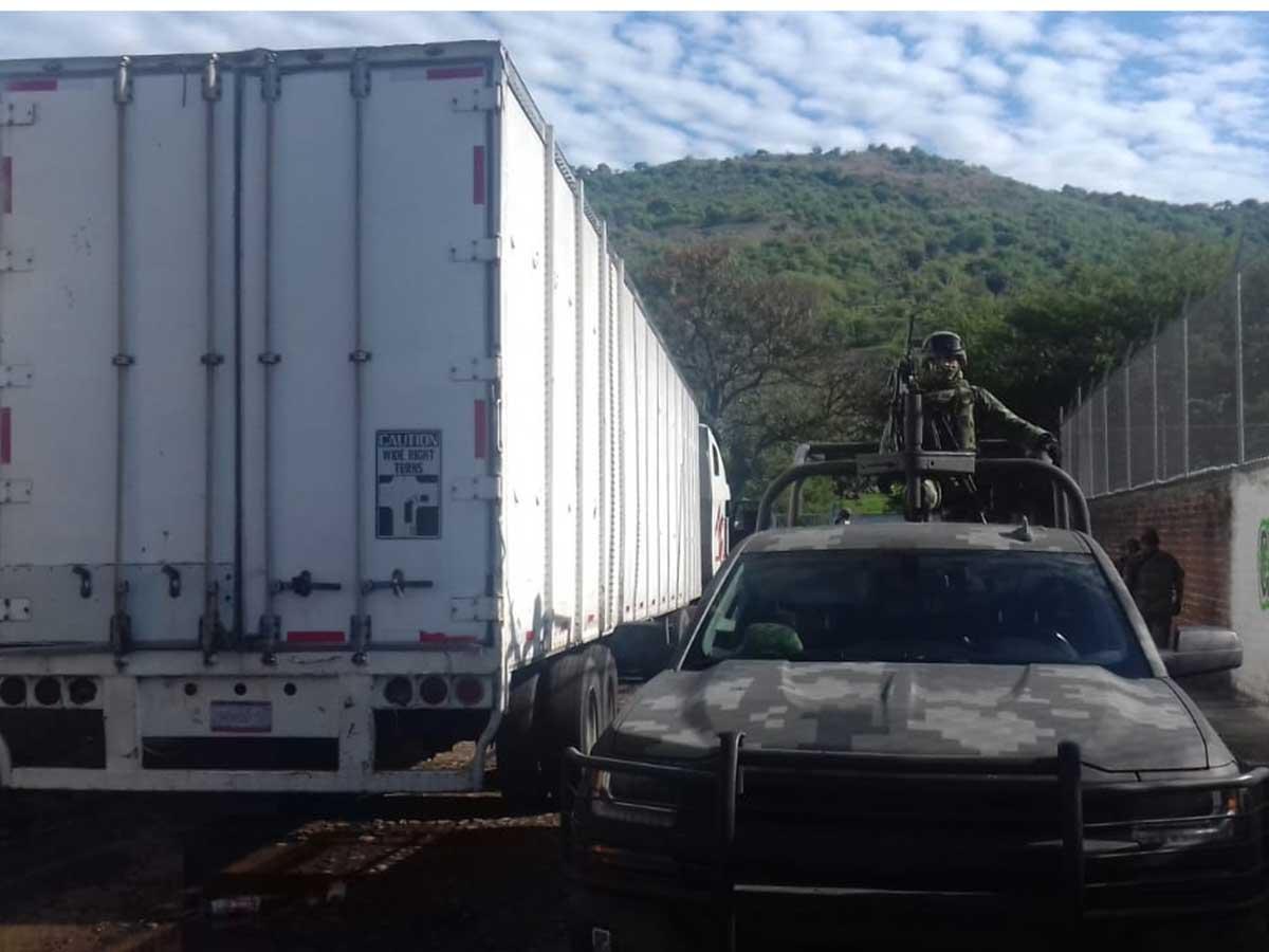 Ejército asegura una tonelada de mariguana en Nayarit