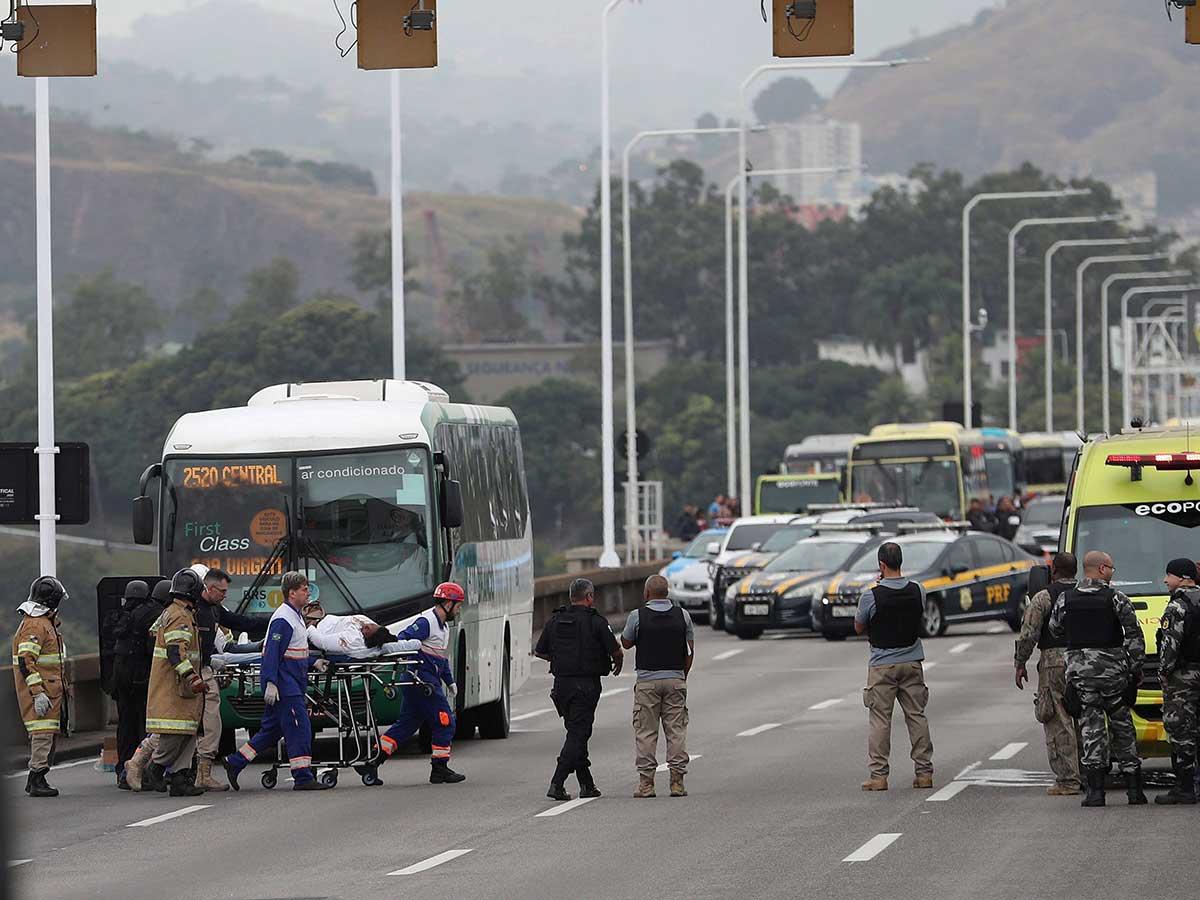 Una toma de rehenes mantiene en vilo a Río de Janeiro