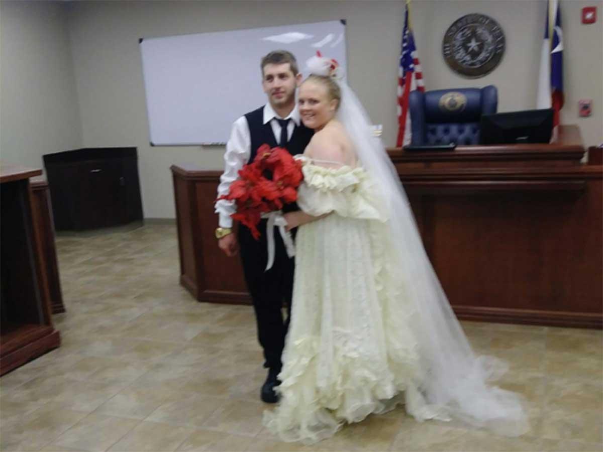 La pareja que murió cinco minutos después de haberse casado