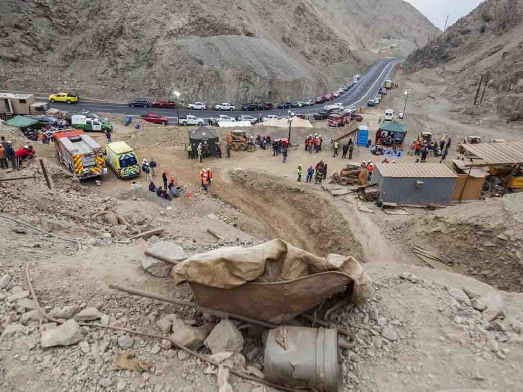 Derrumbe de mina en Chile deja un muerto y cuatro heridos