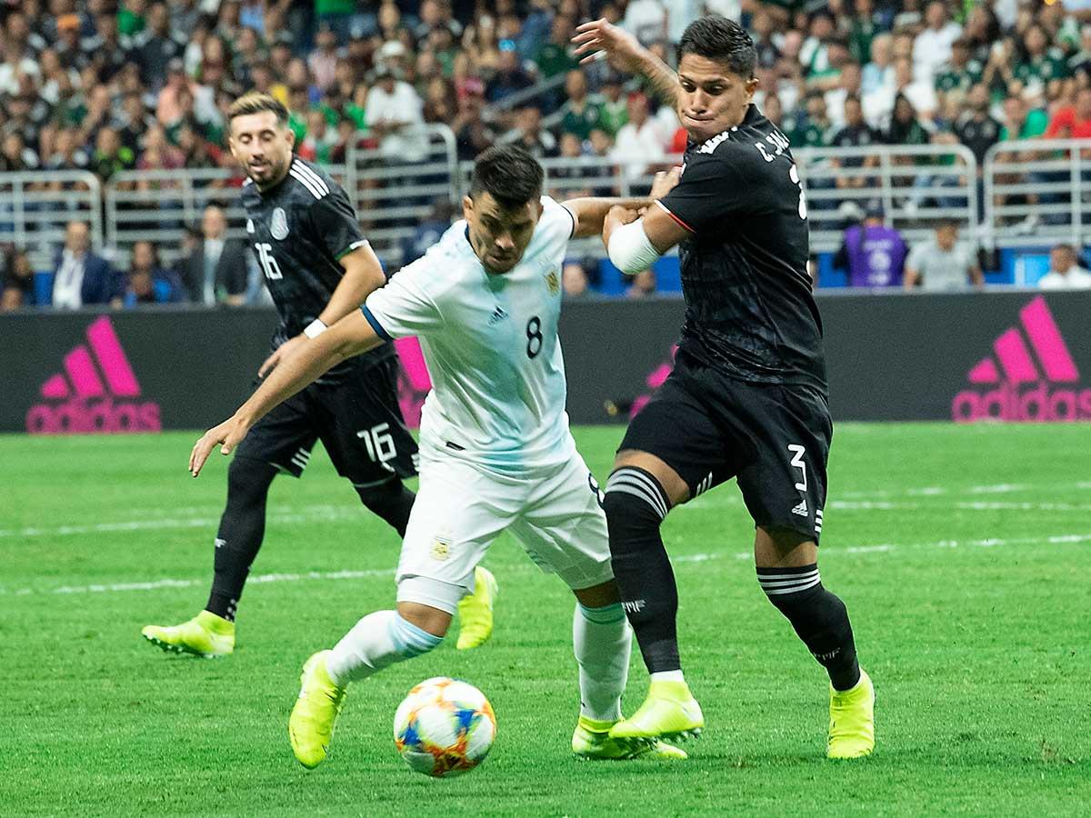 Con Lautaro Martínez en llamas, Argentina aplastó a México