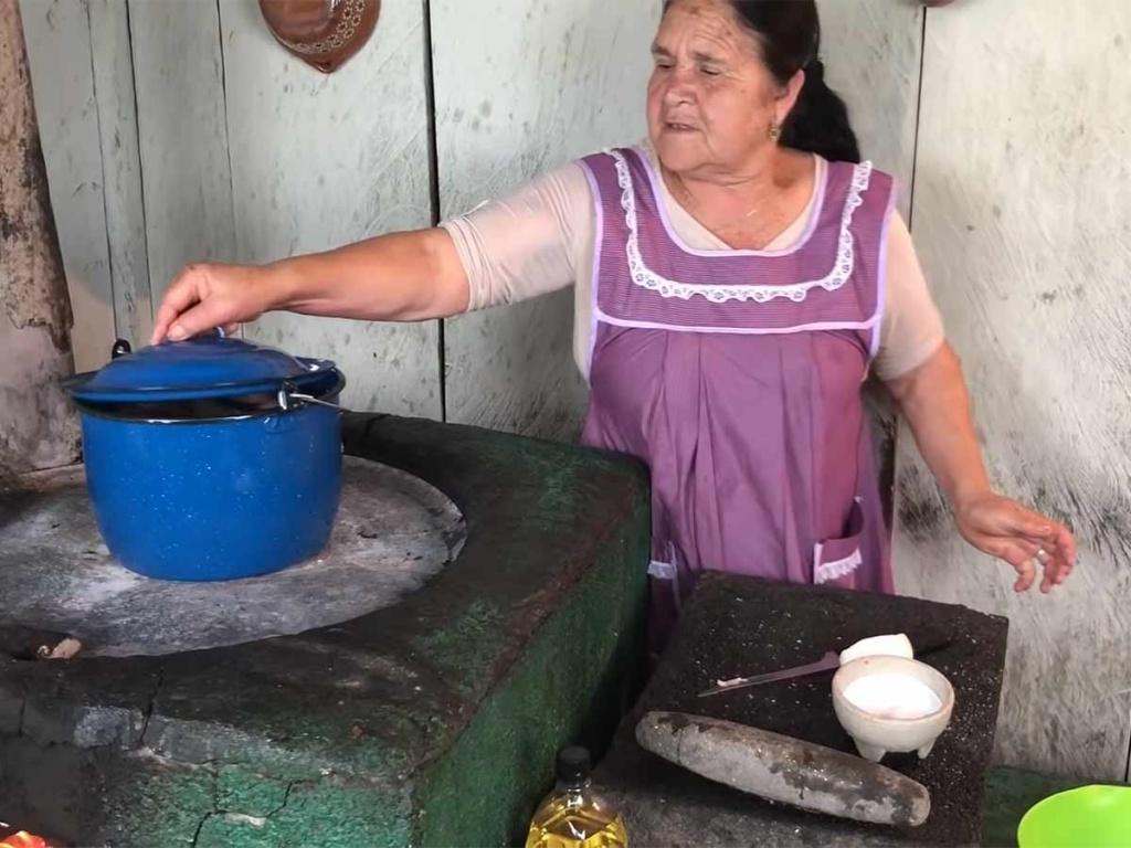 De Mi Rancho A Tu Cocina Dona Alicia La Rompe En La Red