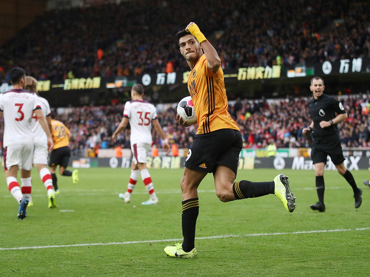 El gol de Raul Jiménez contra Southampton