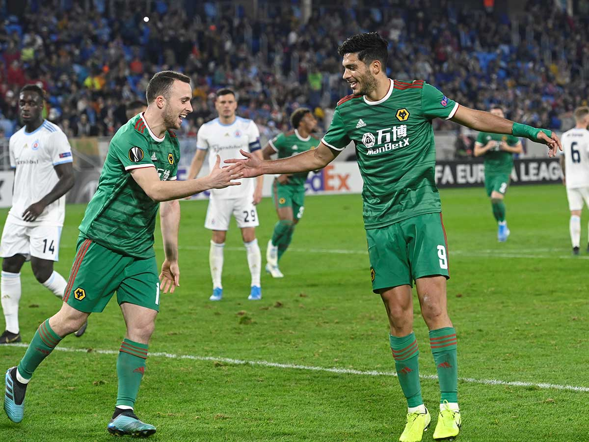 ¡Gol de Raúl Jiménez! Y Wolverhampton ganó en la UEFA Europa League