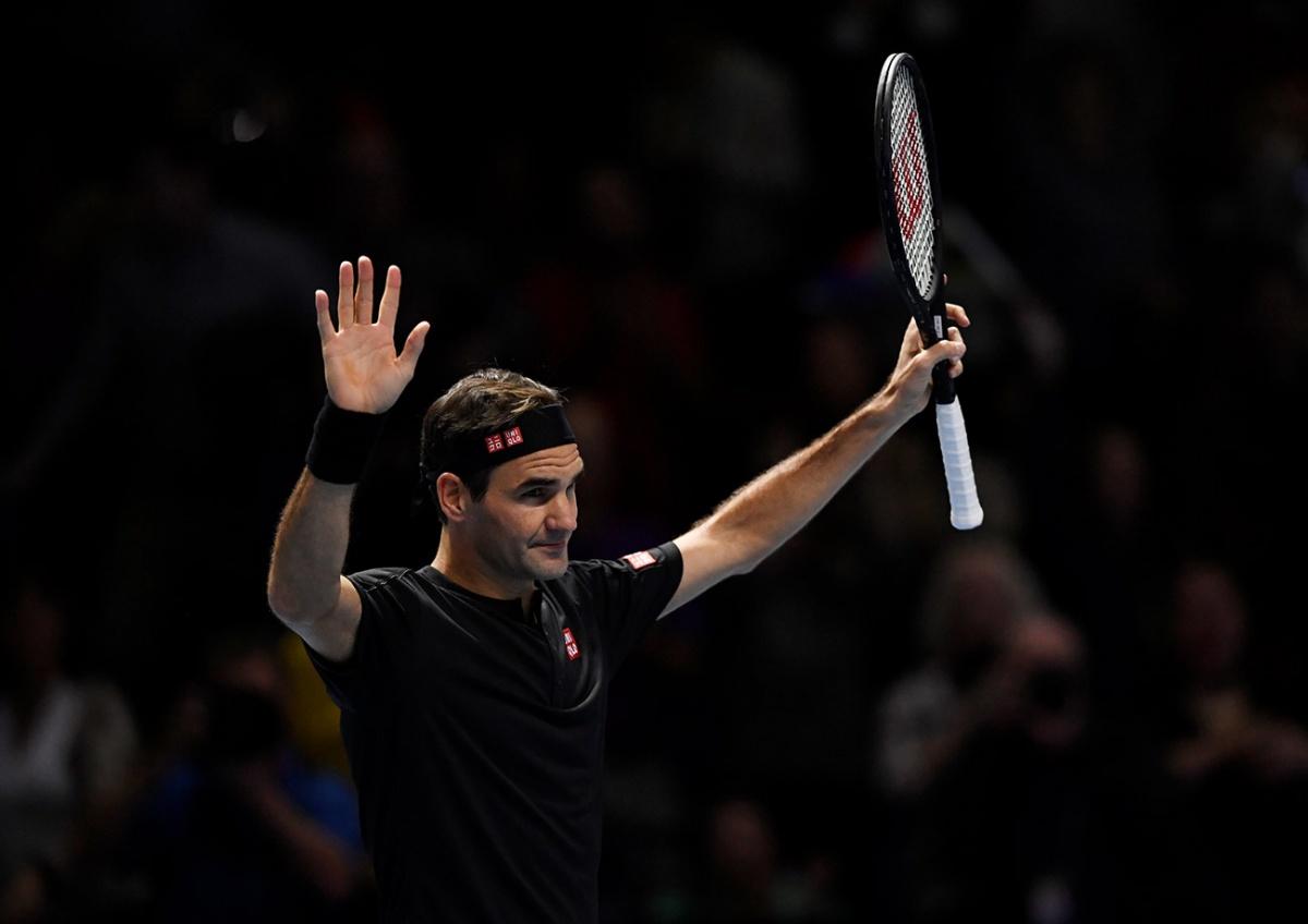 Roger Federer se mantiene con vida en el Torneo de Maestros