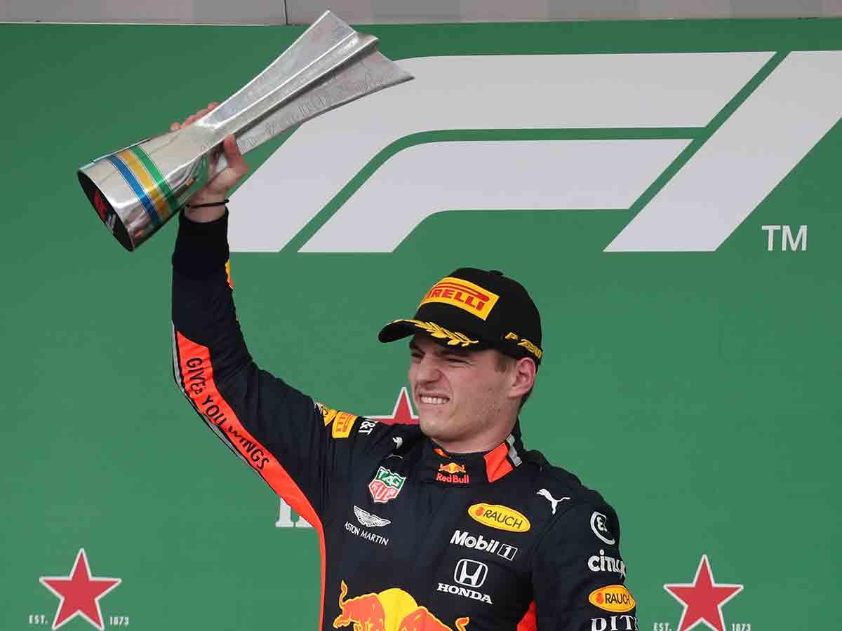 Verstappen consigue histórico triunfo en Brasil